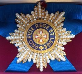 Звезда орден Белого орла (с хрусталём и жемчугом)