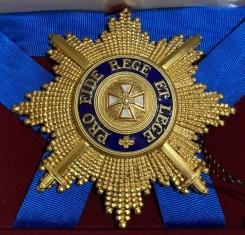 Звезда орден Белого орла бриллиантовой огранки (с мечами)