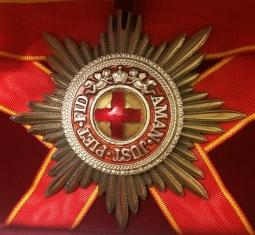 Звезда ордена Святой Анны лучевая (с верхними мечами)